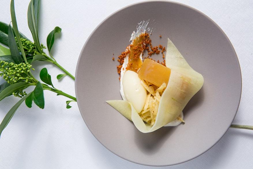 Golden apple, juniper berry, Borniambuc crème fraîche